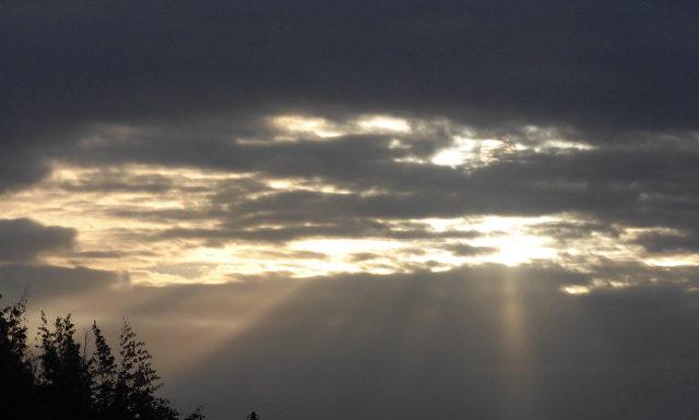 雲の上にはいつも太陽がある